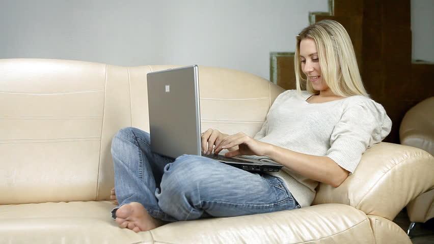 Beautiful Girl On Sofa With Video De Stock Totalmente Libre De Regalas 4189378 -5724