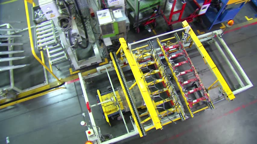 Robot is carrying equipment and finding way on the production line
