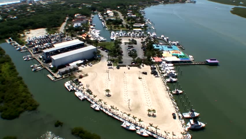 A boating marina and dry dock facility on the east coast of Florida in Daytona Beach.