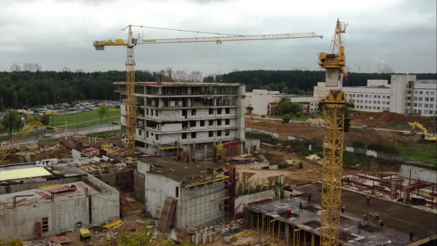 construction of high-rise buildings (time lapse)