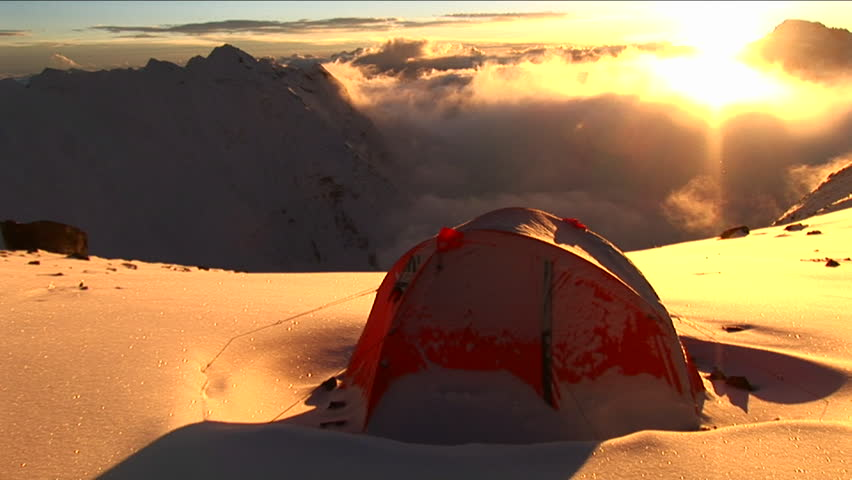 Pan from tent to Everest