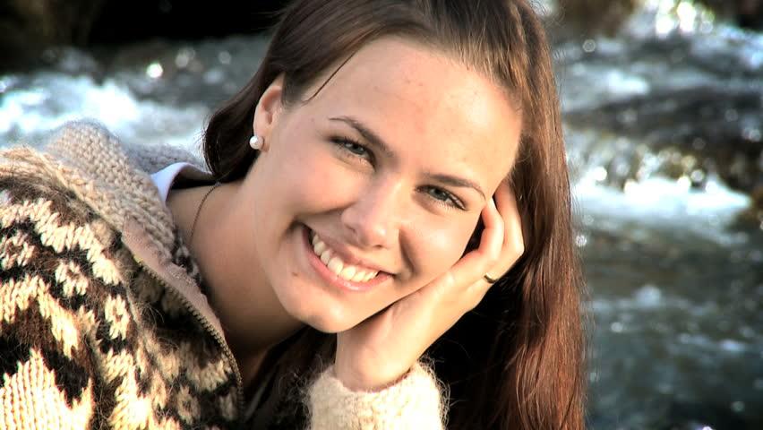 Stockvideo Von Portrait Of A Beautiful Icelandic Girl -4969
