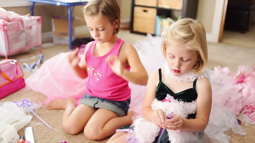 pretty-girls-playing-dress-up-pics