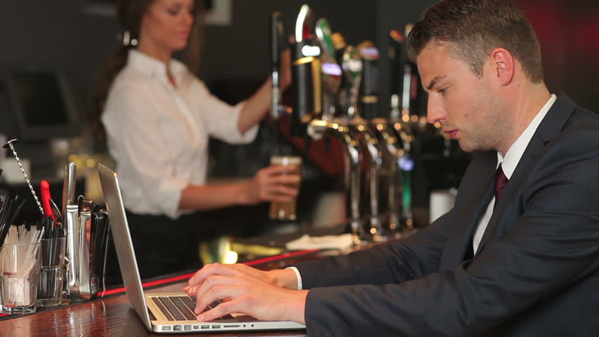 Résultats de recherche d'images pour «working while drinking»