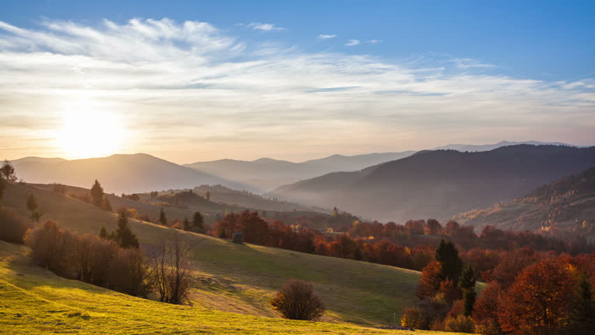 Autumnal time lapse in Carpatian mountains, 4k timelapse (4096 × 2304,