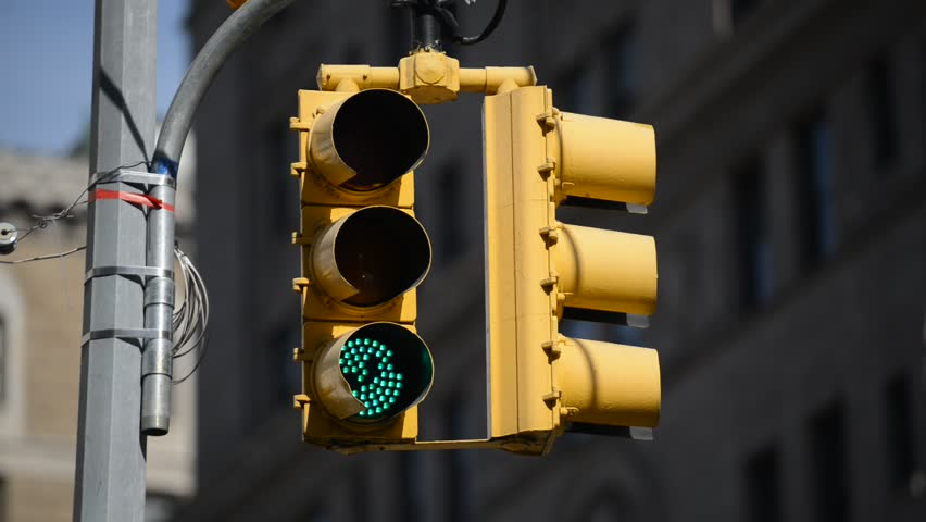 Stoplight turning Green to Red