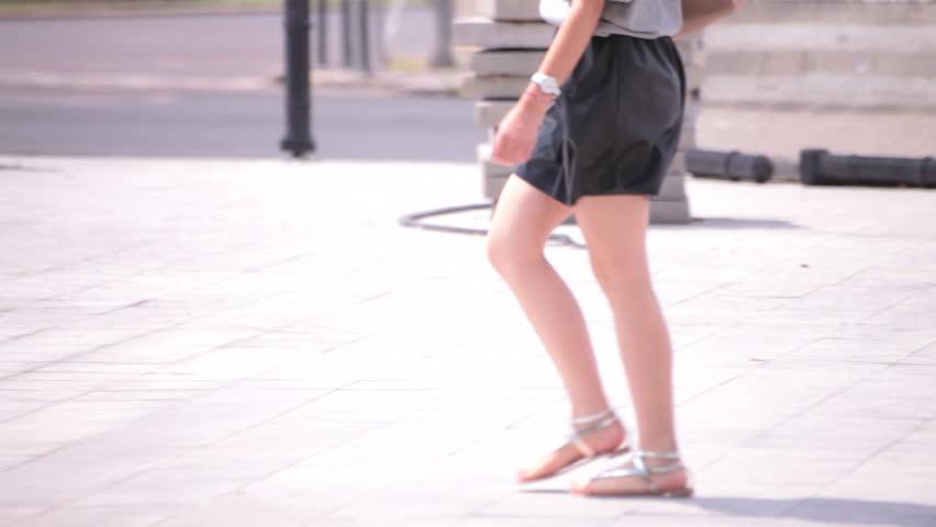 Voyeur young girls clips