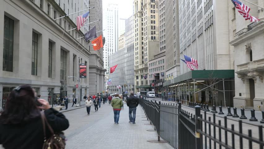 New York,USA. Apr,2014. Timelapse of the Wall Street in Manhattan,New York City.
