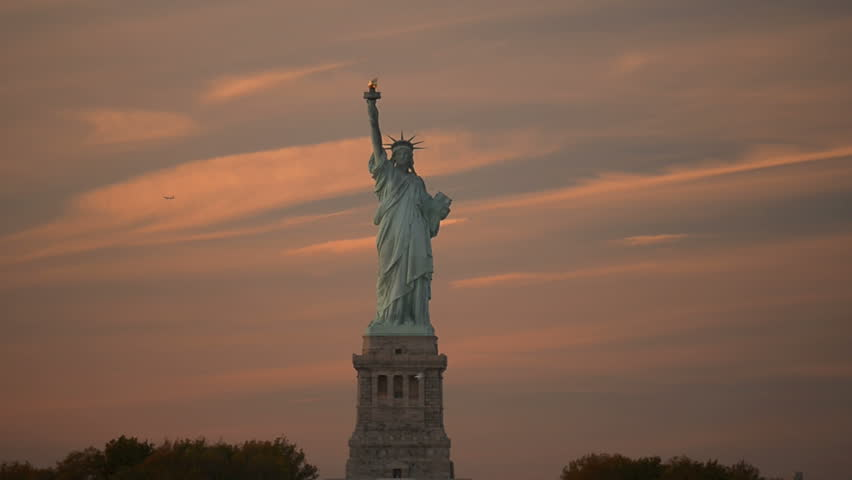 Statue of Liberty pan on sunset | Shutterstock HD Video #6728548