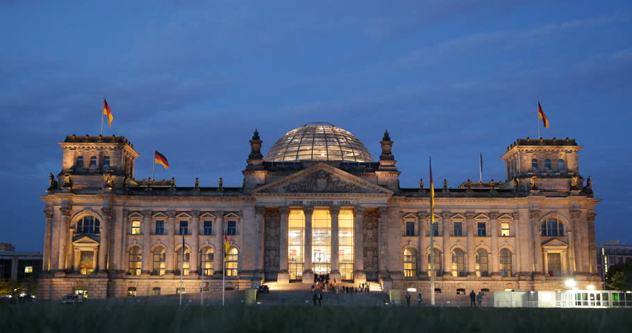 Crowd People Tourists Visiting Exit Reichstag Bundestag Building Berlin Dusk Lit ( Ultra High Definition, UltraHD, Ultra HD, UHD, 4K, 2160P, 4096x2160 )